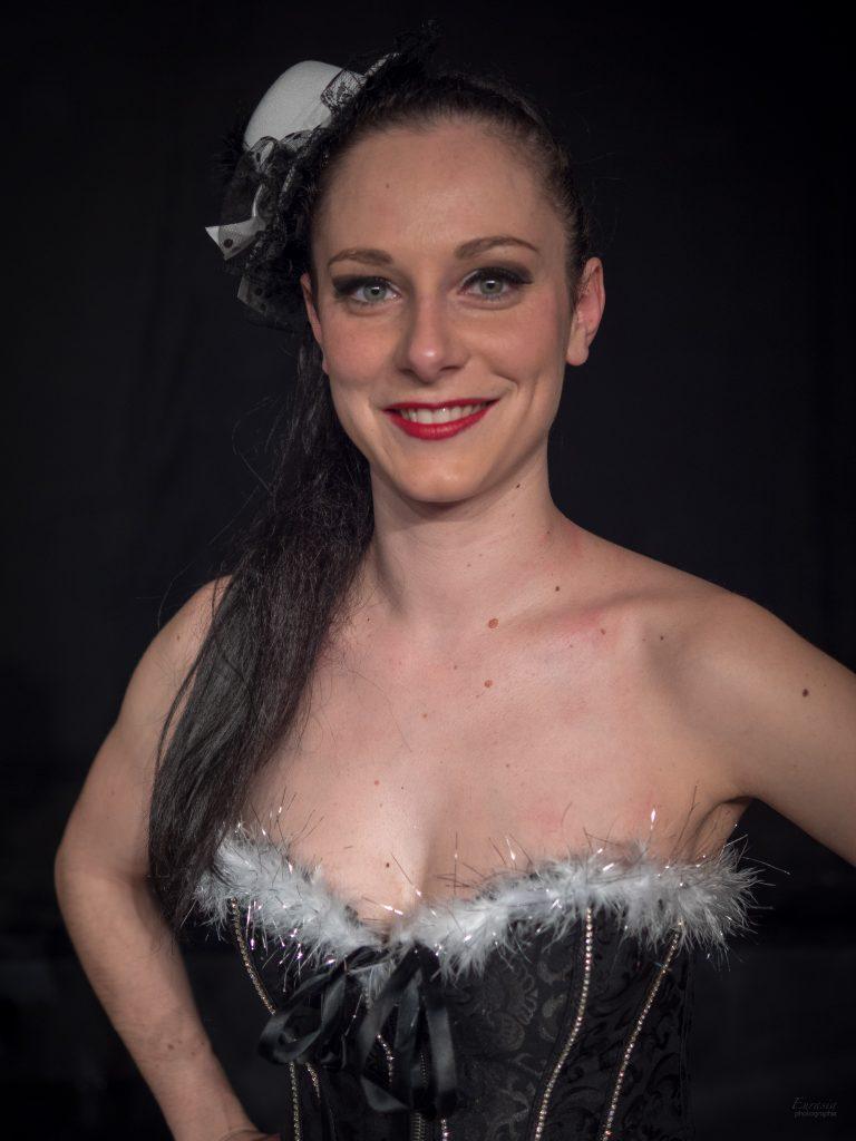 Danseuse Chorégraphe Excited Cabaret